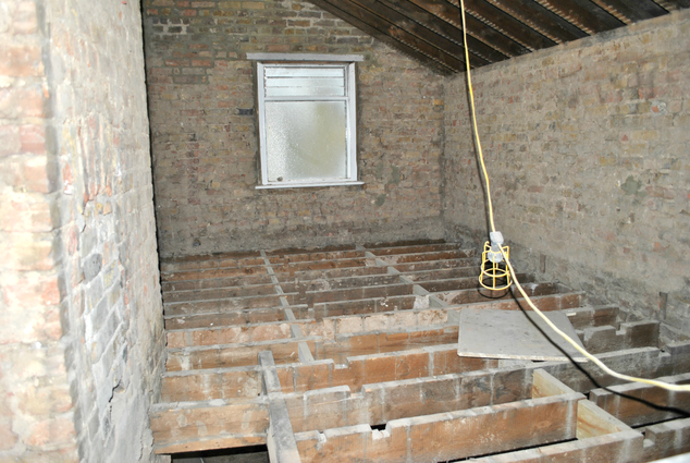 JDK Builders - Before - Ensuite Loft Bathroom